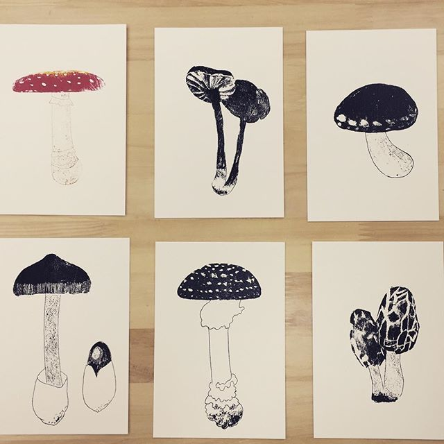Mushrooms #printmaking #hanga #printmakingart #printmakingart #mimeograph #illustration