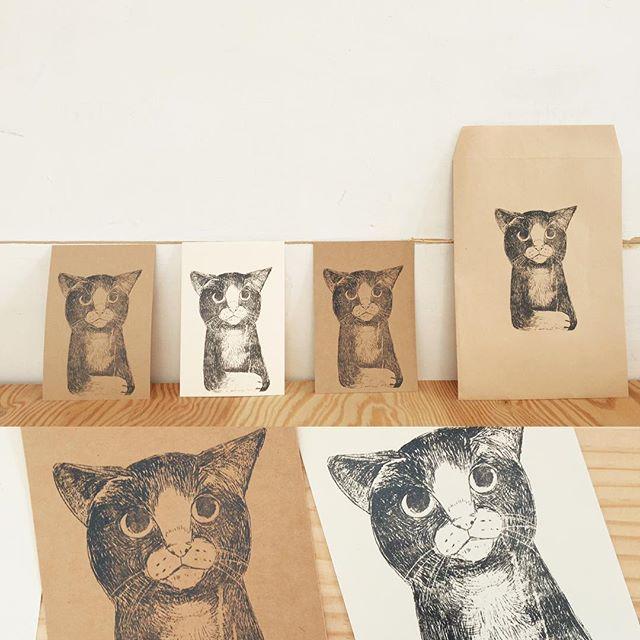 袋とかに刷るのも可愛いと思います。#猫 #謄写版#ガリ版 #illustration #ハンドメイド雑貨 #イラスト #挿絵 #紙モノ雑貨 #依頼受付中