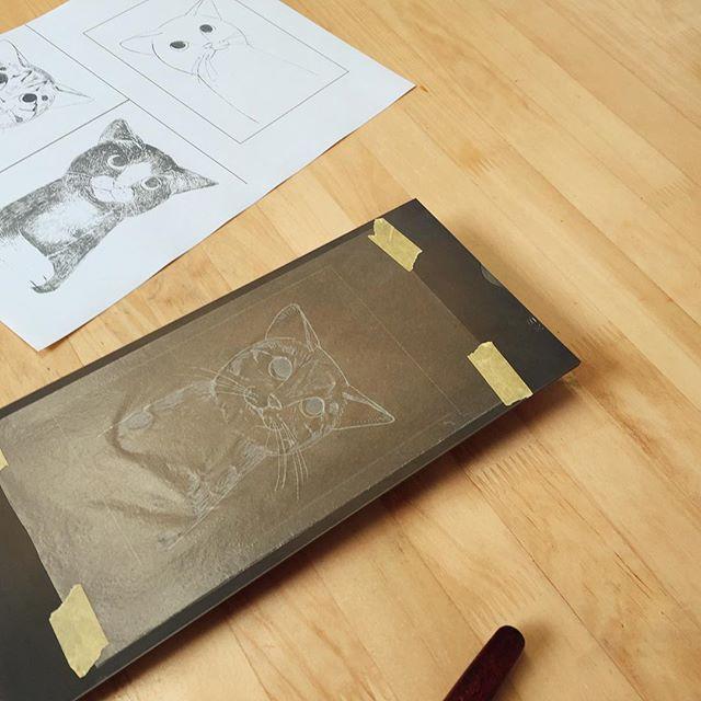 今日は表現講座。#版画 #謄写版 #ガリ版 #イラスト #イラストレーション #printmaking #mimeograph #プリント #ロウ原紙  #鉄ヤスリ