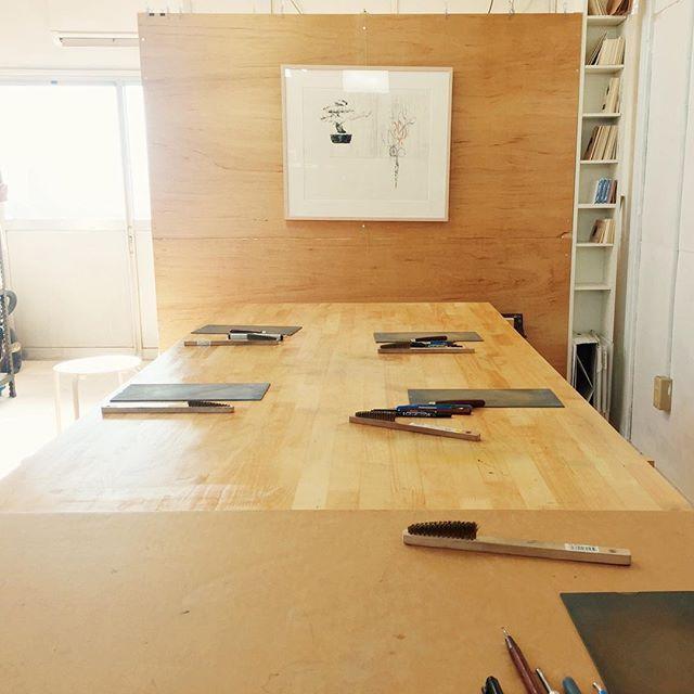 本日の仕事準備。ライフワークの10-48の年賀状WS開催なのです。#instadaily #instaart #instaatelier #atelier #printmaking