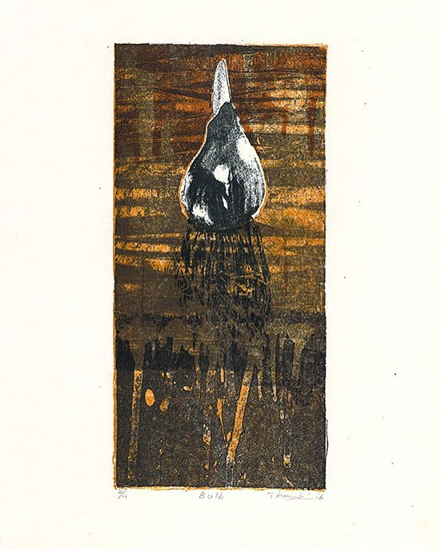 """Bulb"" 2016, Mimeograph print, Edition of 11, 29.7x21cm. u can buy this work byTAGBOAT gallery. http://ec.tagboat.com/en/products/detail.php?product_id=48133#artcollecter #instaartsale #printmaking #printart #artsale #mimeograph #instaart #instaprintmaking #fineart #tagboat #seligraphy #art"