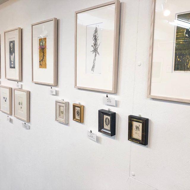 本日17:00より在廊予定です。レセプションパーティーもございますので、是非お越しいただけると嬉しいです。お待ちしております。I hope to see you all tonight for this exhibitions party!#collectionart #mimeograph #版画 #exhibition #printmaking