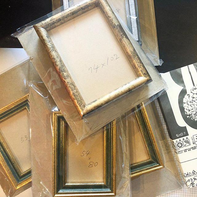 Today,I prepared some mini frames.